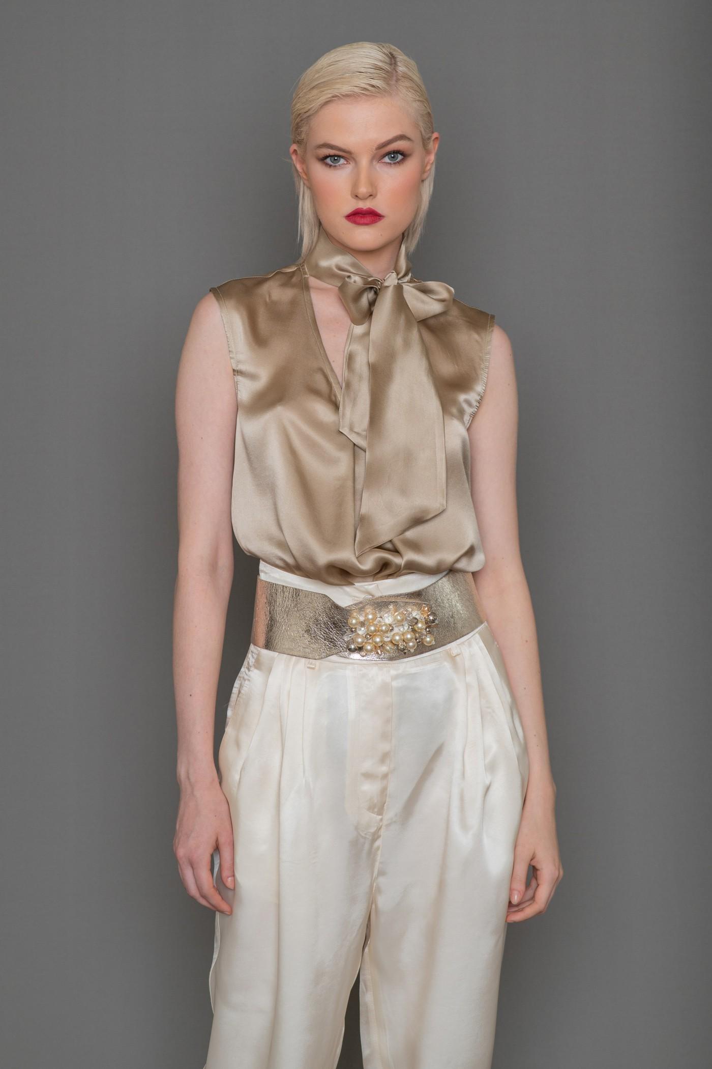 Μπλούζα μεταξωτή αμάνικη με δέσιμο στο λαιμό, γυναικεία