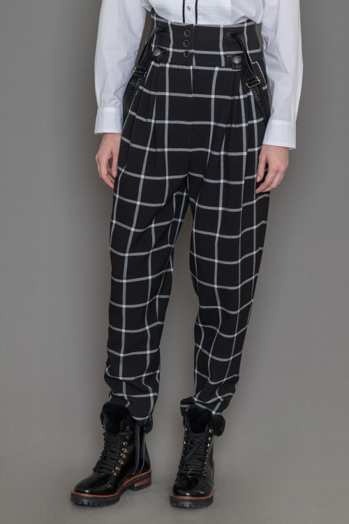 Checkered pants with basque, pleats, pockets and straps, women's
