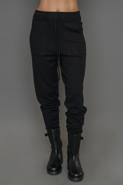 Knitted trousers, women's