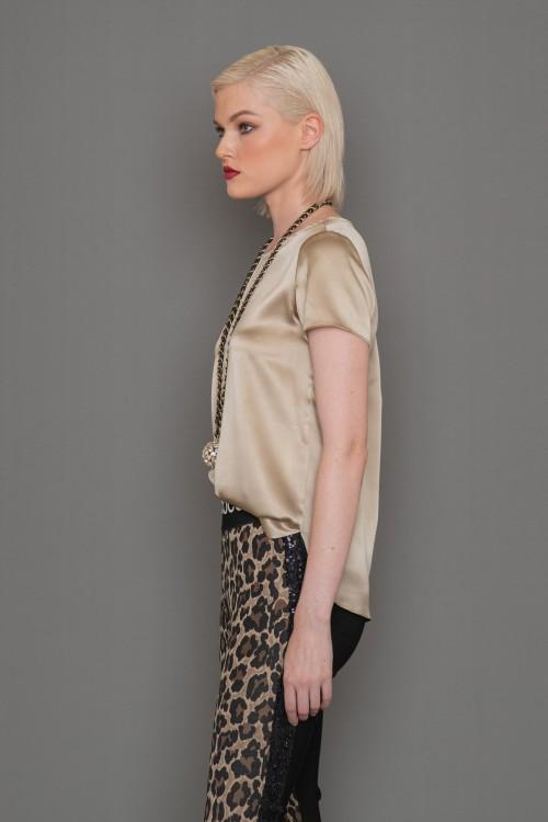 Μπλούζα μεταξωτή κοντομάνικη με λαιμόκοψη και κουμπί στο πίσω μέρος, γυναικεία