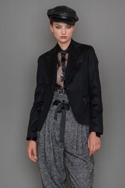 Cashmere jacket with lapel collar and one button, women's
