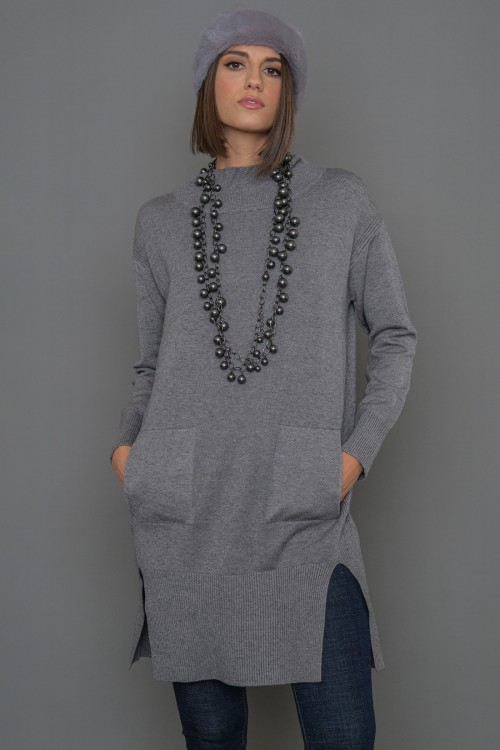 Long knitted blouse with hight collar and side pockets, women's